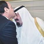 Verenigd in vrees voor parlementair systeem: Generaal al-Sisi van Egypte en koning Abdullah van Saoedie-Arabië (foto: justthetruth)
